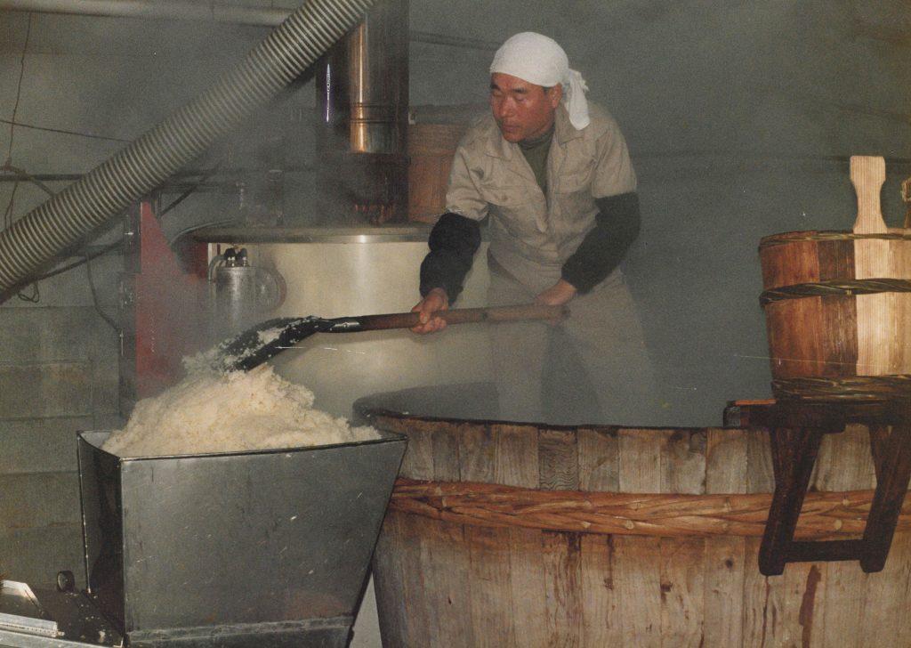 米蒸上がりと木樽