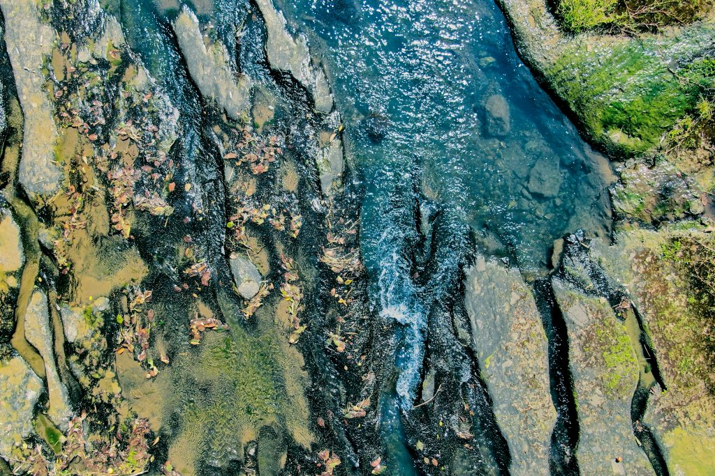 和仁川周辺に見られる火砕流堆積層